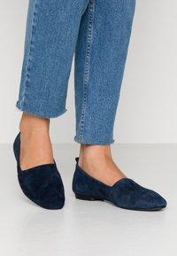Vagabond - SANDY - Nazouvací boty - dark blue - 0