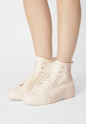 LA PAZ - High-top trainers - regular white