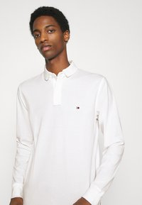 Tommy Hilfiger - Polo - white - 3