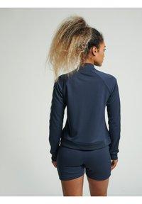 Hummel - HMLRAMONA  - Training jacket - blue nights - 2