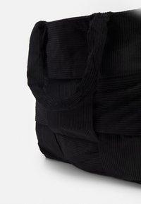 Topshop - LARGE BAG - Velká kabelka - black - 4