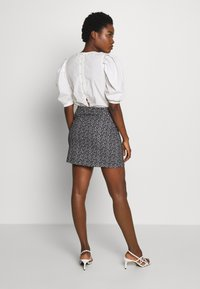 Dorothy Perkins - PRINT MINI - A-line skirt - black - 2