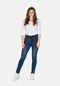 Cero & Etage - Slim fit jeans - medium blue w use - 1