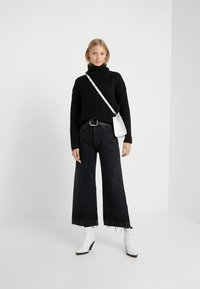 Citizens of Humanity - SACHA HIGH RISE WIDE - Jean bootcut - too late - 1