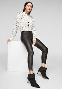 s.Oliver BLACK LABEL - Leggings - Trousers - black - 5