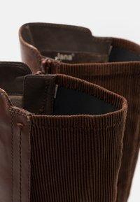 Jana - Boots - chestnut - 5