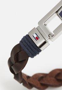 Tommy Hilfiger - FLAT BRAIDED BRACELET - Bracelet - brown/silver - 2