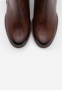 Marco Tozzi - Ankle boots - cognac - 5