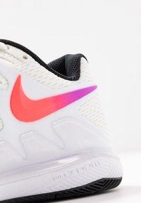 Nike Performance - NIKECOURT AIR ZOOM VAPOR X - Multicourt tennis shoes - summit white/white/black/electro green - 5