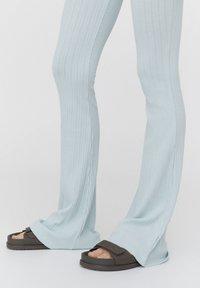 PULL&BEAR - Trousers - mottled blue - 5