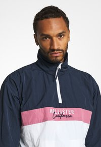 Hollister Co. - Summer jacket - navy/pink/white - 3