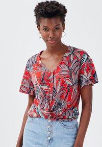 Cache Cache - Print T-shirt - rouge - 0
