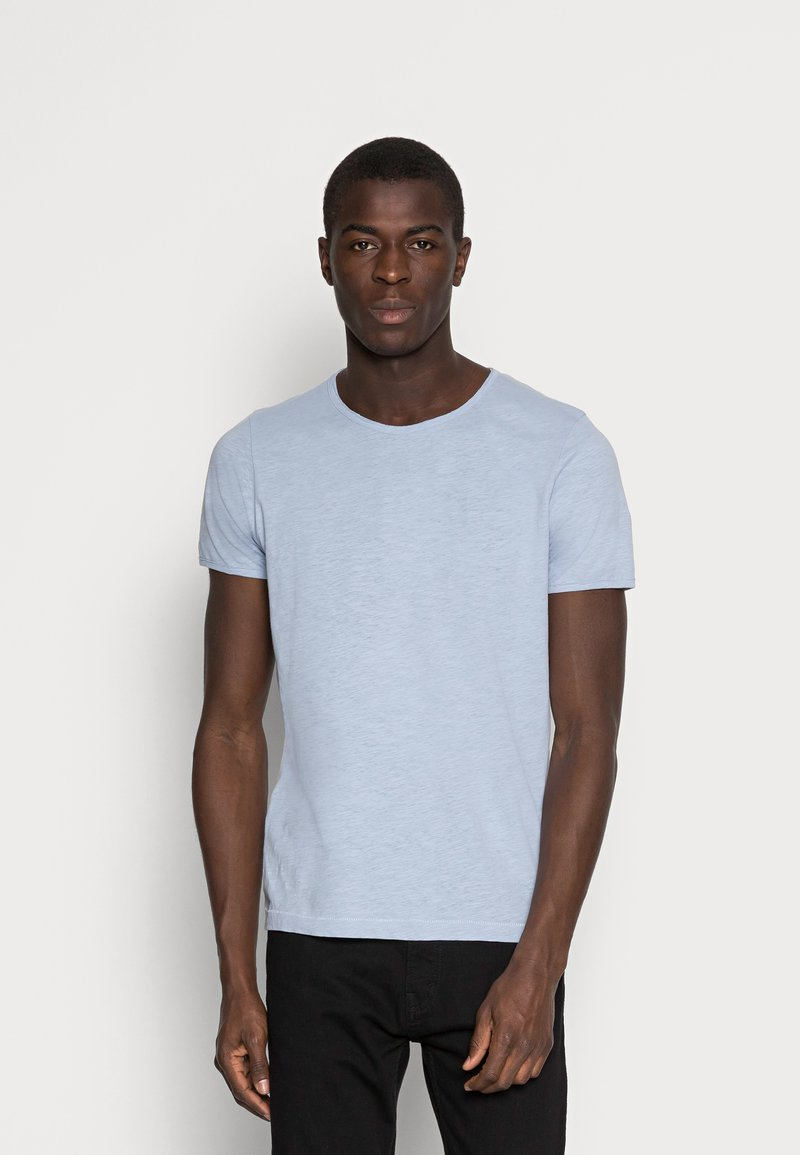 Selected Homme - SLHMORGAN O-NECK TEE - T-shirt basic - dream blue