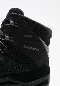 Lowa - INNOX PRO GTX MID - Hiking shoes - schwarz/grau - 5