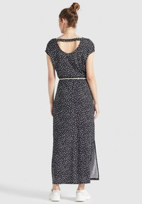 khujo - DOREEN - Maxi dress - schwarz-weiß gemustert - 2