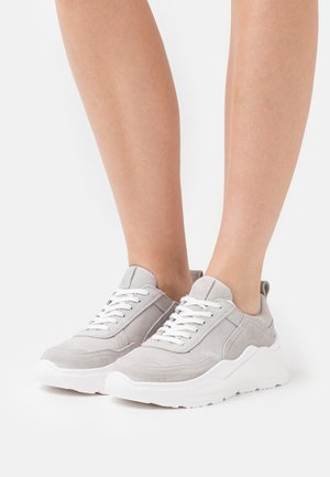 LEATHER - Sneakers laag - grey