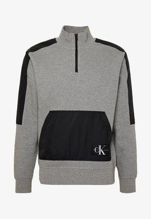 MIXED MEDIA MOCK NECK - Sweatshirt - mid grey heather/black