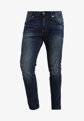PIERS - Slim fit jeans - dark stone wash denim