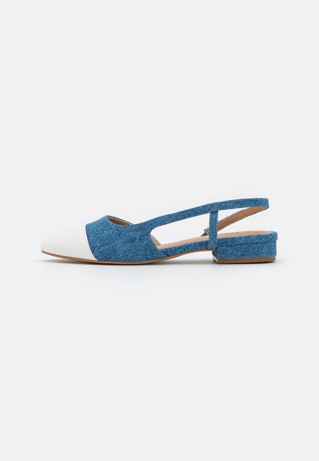 CORALLINA - Baleríny s páskem - blue denim