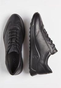 ECCO - FLEXURE RUNNER W  - Sneakers laag - black - 1