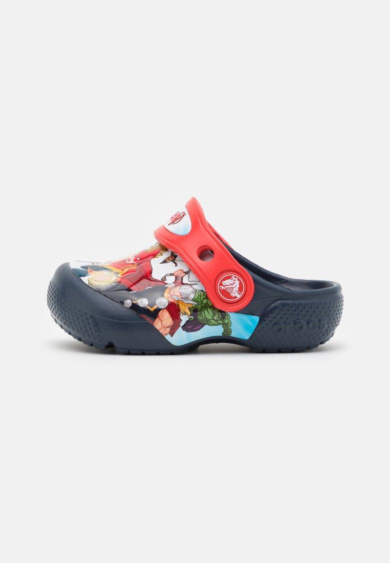 Crocs - CROCS MARVEL AVENGERS PATCH - Sandály do bazénu - navy
