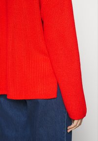 Monki - DOSA  - Jumper - red - 5