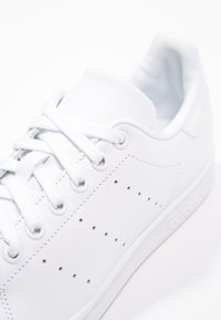 adidas Originals - STAN SMITH - Matalavartiset tennarit - footwear white - 2