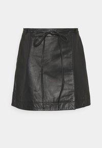 Selected Femme Petite - SLFRALLA SKIRT - Mini skirt - black - 0