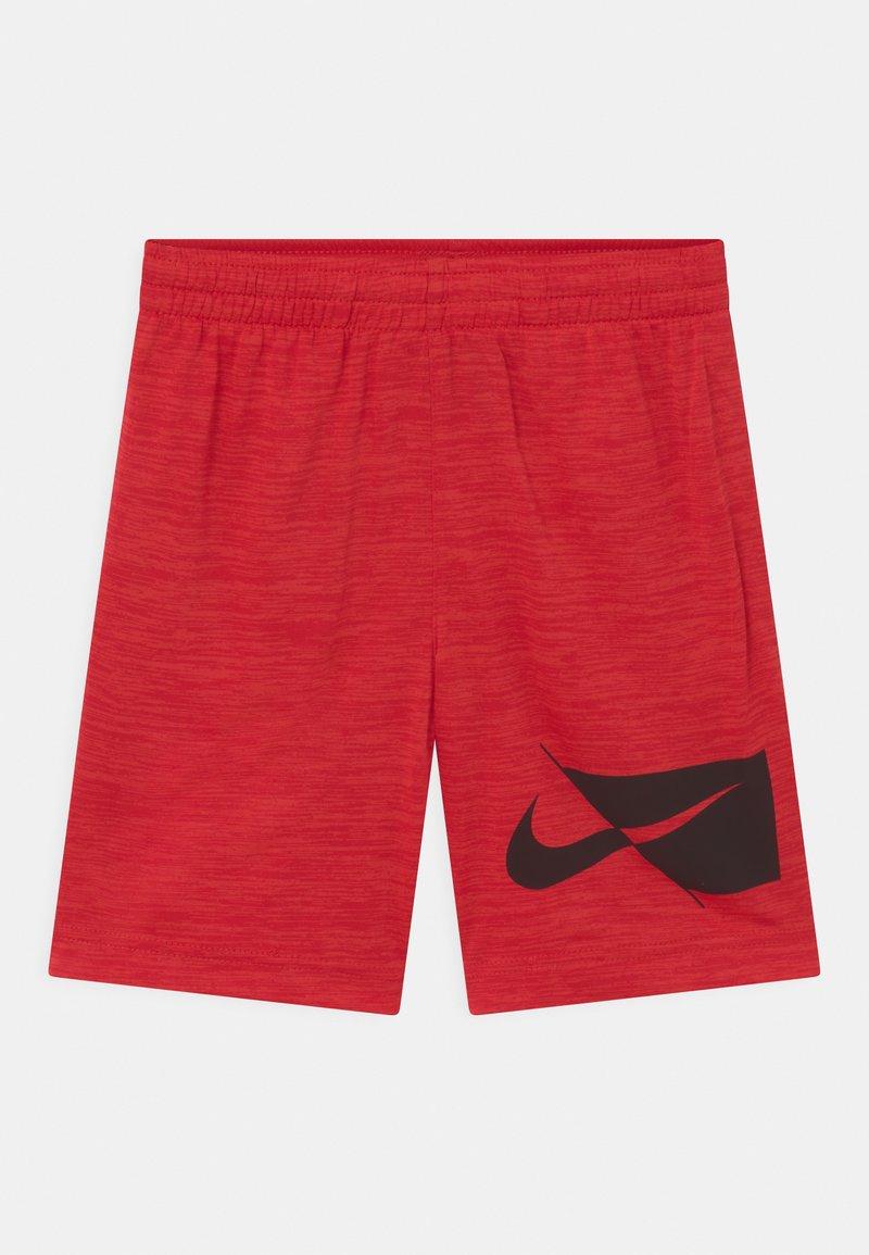 Nike Sportswear - Shorts - university red heather