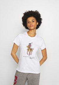 Polo Ralph Lauren - SHORT SLEEVE - T-shirt con stampa - white - 0