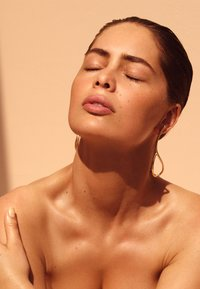 Lancaster Beauty - SUN PERFECT ILLUMINATING CREAM FACE SPF 30 - Face cream - - - 2