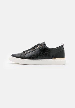 DILATHIEL - Sneakersy niskie - black