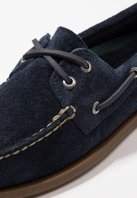 Sperry - 2-EYE - Boat shoes - navy - 5