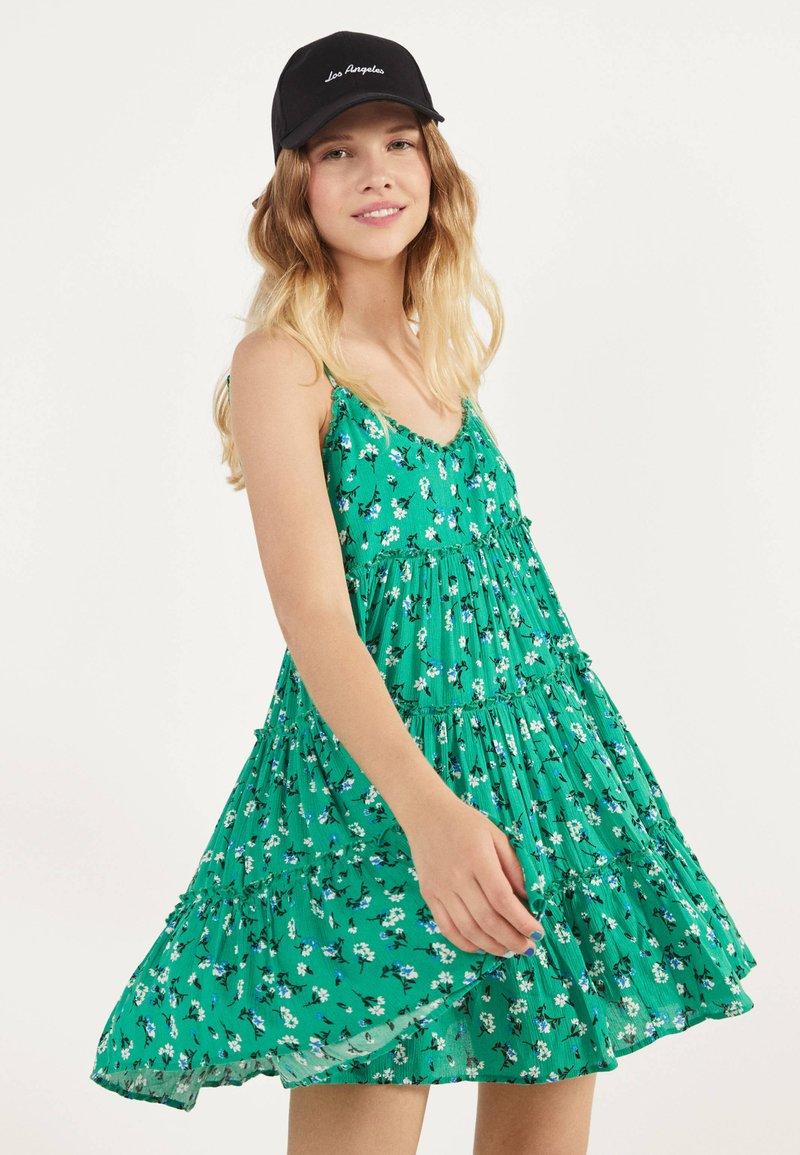 Bershka - Robe d'été - green
