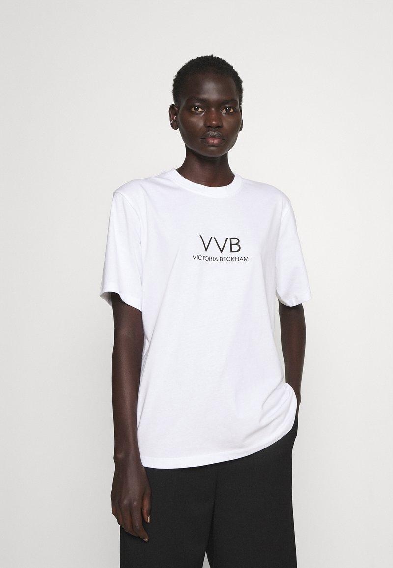 Victoria Victoria Beckham - LOGO - T-shirt z nadrukiem - white