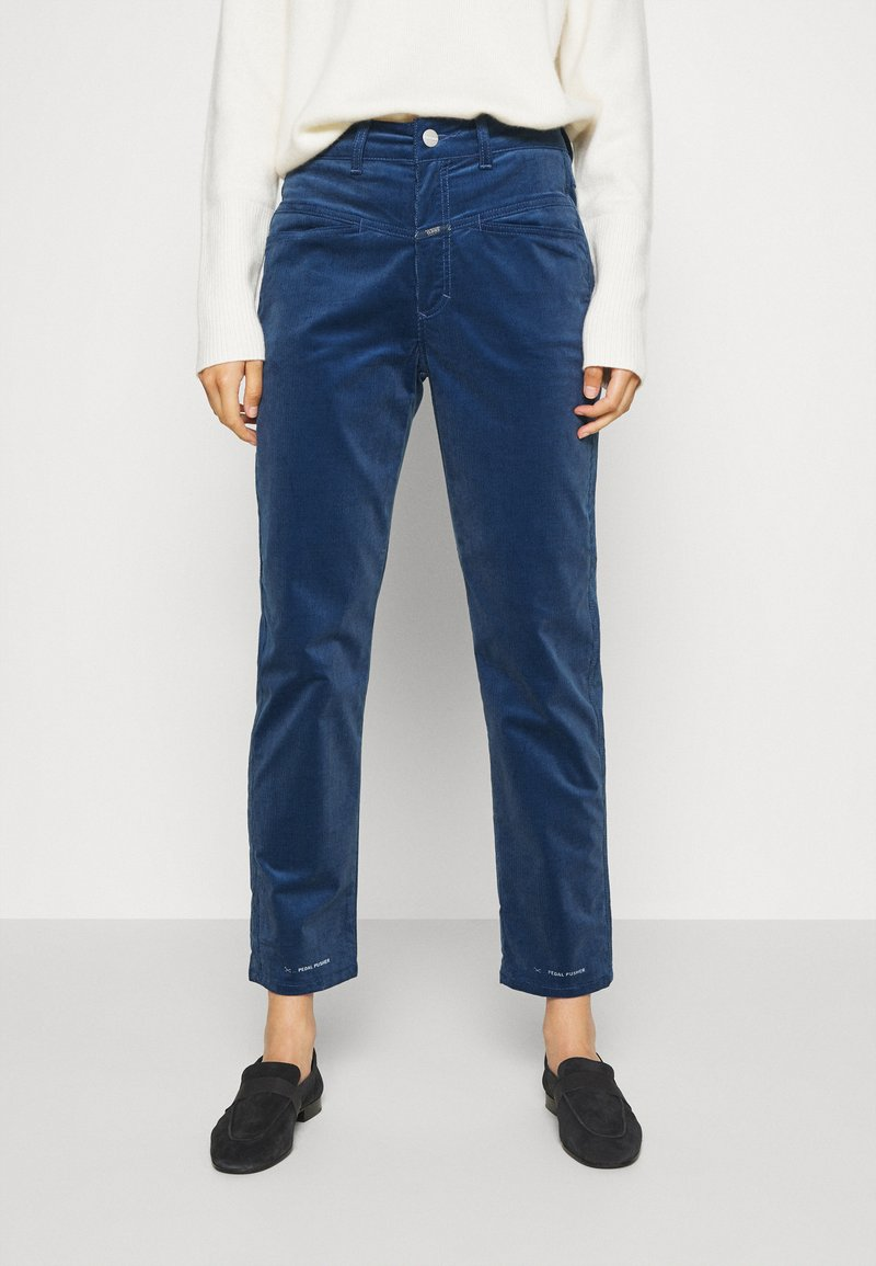 CLOSED - PEDAL PUSHER - Trousers - archive blue