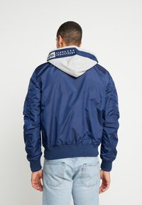 Alpha Industries - HOOD CUSTOM - Bomberjacka - new navy - 2