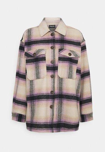 PCCARLENE SHACKET  - Lett jakke - sheer lilac checks/birch-navy