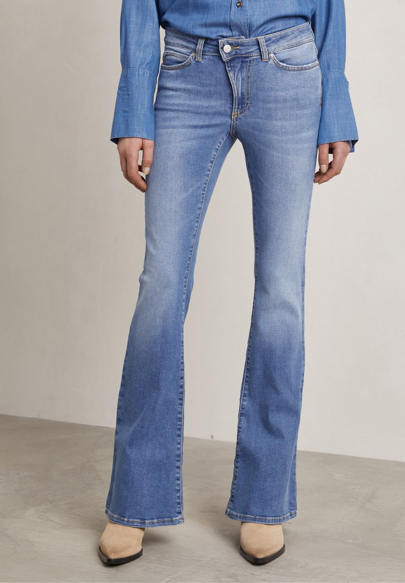 Hunkydory - Bootcut jeans - used light blue