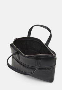 Royal RepubliQ - ANALYST LAPTOP BAG - Laptop bag - black - 2