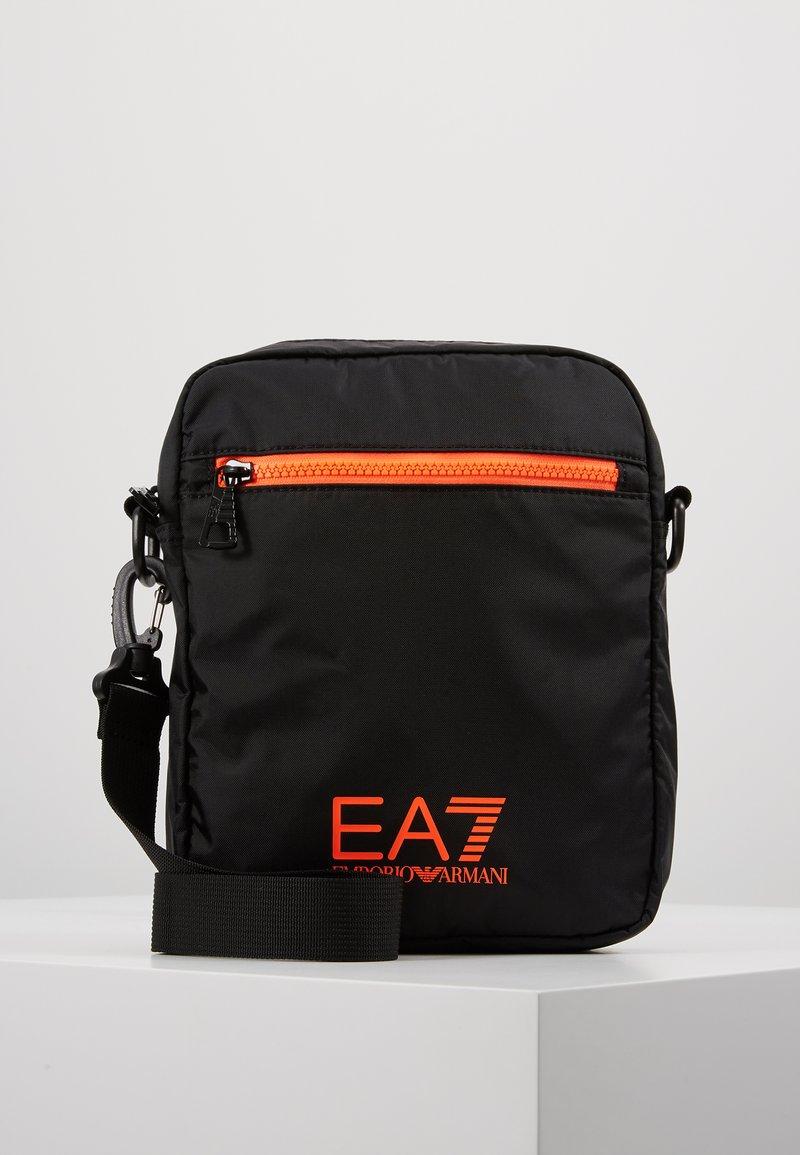 EA7 Emporio Armani - Axelremsväska - black / neon / orange