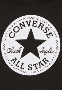 Converse - CHUCK PATCH CROPPED HOODIE - Mikina s kapucí - black - 2