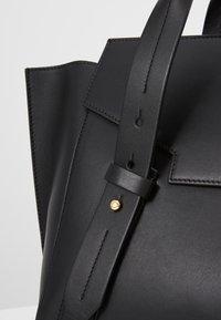 Escada - CLASSIC HANDBAG - Handbag - black - 6