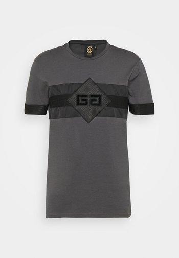 GALOS TEE - T-shirt imprimé - asphalt/black