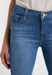 J Brand - VALENTINA HIGH RISE  - Flared Jeans - endeavor - 6