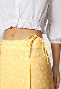 Monki - LANE SKIRT - Maxi sukně - yellow - 4