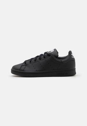 STAN SMITH UNISEX - Baskets basses - core black/footwear white