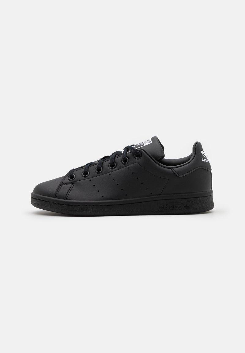 adidas Originals - STAN SMITH UNISEX - Sneakers laag - core black/footwear white