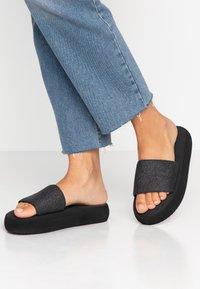 flip*flop - FAT GLITTER - Mules - black - 0