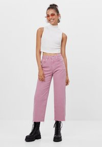 Bershka - Džíny Straight Fit - pink - 1